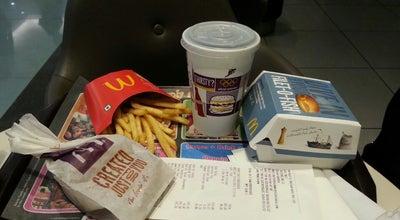 Photo of Burger Joint McDonalds,  Lulu Mall at India