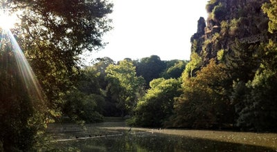 Photo of Park Parc des Buttes-Chaumont at Parc Des Buttes-chaumont, Paris 75019, France