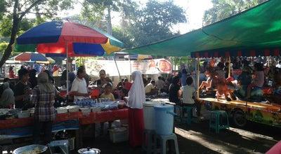 Photo of Park Car Free Day at Jl. Udayana, Mataram, Indonesia