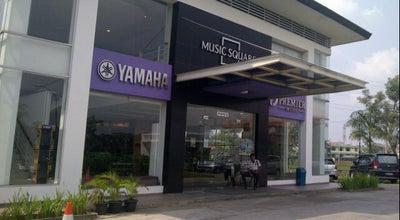 Photo of Music Venue Yamaha Premier Music Square at Cipinang Indah Ii, Jakarta Capital Region, Indonesia