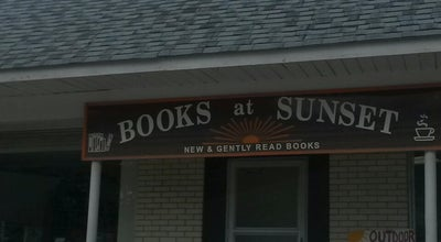 Photo of Bookstore Books on Sunset at 1100 South St, Elgin, IL 60123, United States