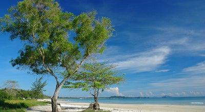Photo of Beach Pantai Tanjung Kelayang at Pangkal Pinang, Indonesia