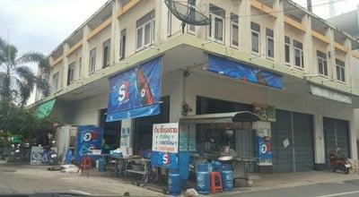 Photo of Asian Restaurant ข้าวซี่โครงหมูปราณบุรี at Pran Buri, Thailand