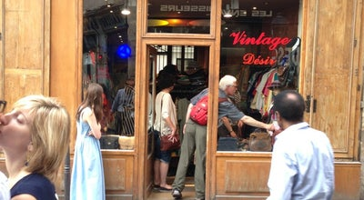 Photo of Boutique Vintage desire at 32 Rue Des Rosiers, Paris 75004, France