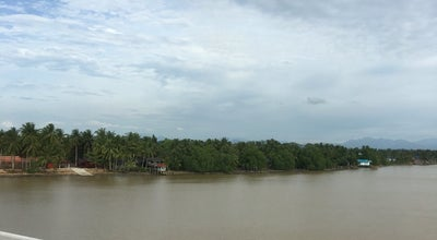 Photo of Beach แม่น้ำตาปี at Bang Kung, Thailand