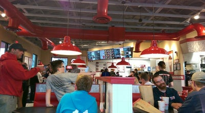 Photo of Burger Joint Freddy's Frozen Custard & Steakburgers at Waterloo, IA, United States