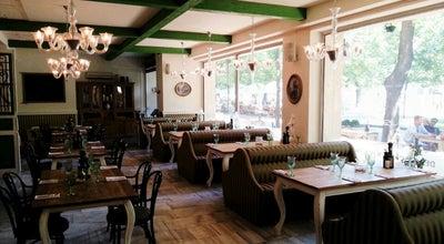 Photo of Restaurant Zylinder at Hviezdoslavovo Nám. 19, Bratislava 811 02, Slovakia
