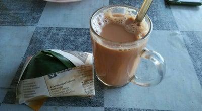 Photo of Breakfast Spot Kedai Roti Canai Depan Masjid Parit Jelutong at Malaysia