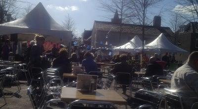 Photo of Plaza Oude Raadhuisplein at Kerkstraat, Huizen, Netherlands