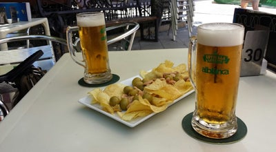 Photo of Beer Garden Cervezeria Alblanca at Plaza De Calderon, Spain