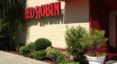 Photo of Burger Joint Red Robin Gourmet Burgers at 2390 148th Ave Ne, Redmond, WA 98052, United States
