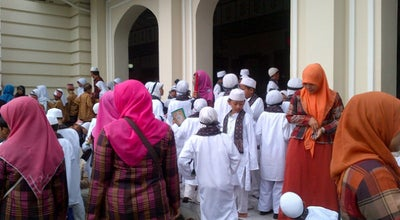 Photo of Mosque masjid agung al-jami' at Alun-alun Kota Pekalongan, Pekalongan, Indonesia