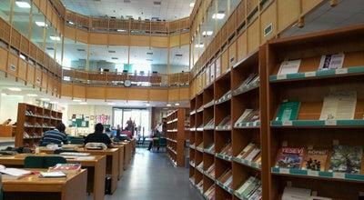 Photo of Library İslam Arastırmaları Merkezi (İSAM) Kütüphanesi at Baglarbasi, Uskudar, Istanbul, Turkey