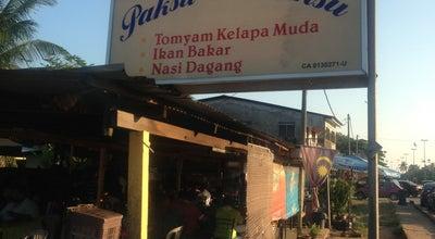 Photo of Malaysian Restaurant Warung Pok Su & Mok Su at Kg Peramu, Tanjung Lumpur, Balok, Malaysia