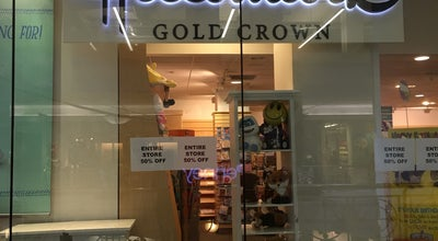 Photo of Gift Shop Hallmark at 901 Avenue Of The Americas, New York, NY 10001, United States