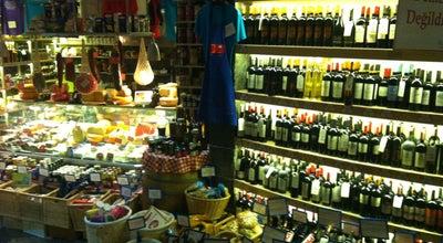 Photo of Wine Bar Sensus Şarap & Peynir Butiği at Bereketzade Mah. Büyükhendek Cad. No:5 Kuledibi, Beyoğlu, İstanbul, Turkey