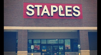 Photo of Paper / Office Supplies Store Staples at 1919 Taylor Street, Houston, TX 77007, United States