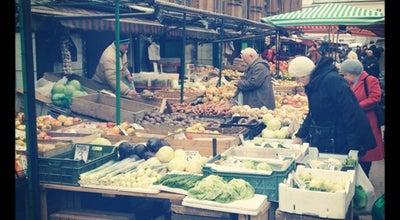 Photo of Farmers Market Bazar pod Halą Mirowską at Pl. Mirowski, Warszawa, Poland