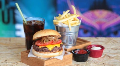 Photo of Burger Joint EATBOX at Abbasağa Mah. Jandarma Mektebi Sok. No: 1, Istanbul 34353, Turkey