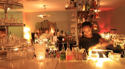 Photo of Cocktail Bar Le Verre à Monique at Rue Des Savoises 19, Genève 1205, Switzerland