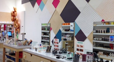 Photo of Cosmetics Shop Birchbox at 433 W Broadway, New York, NY 10012, United States