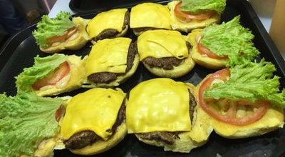 Photo of Burger Joint White House Burger at Saudi Arabia