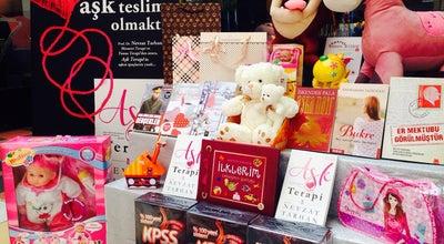 Photo of Bookstore USTA KIRTASİYE KİTAPEVİ VE OYUNCAK at Güngören İşhani, İzmir 35900, Turkey