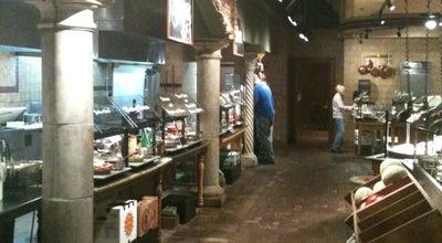 Photo of Italian Restaurant Cinzetti's Italian Market Restaurant at 7201 W 91st St, Overland Park, KS 66212, United States