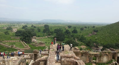 Photo of Historic Site Bhangarh Fort at Aravalli Range, Bhāngarh 301410, India