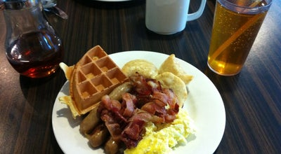 Photo of Breakfast Spot Golden Griddle at 45 Carlton St, Toronto, ON M5B 1L2, Canada