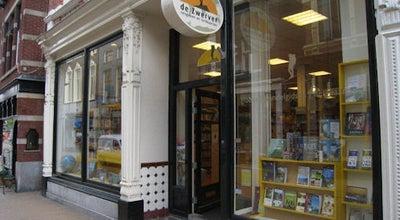 Photo of Bookstore Reisboekwinkel De Zwerver at Oude Kijk In 't Jatstraat 43 - 45, Netherlands