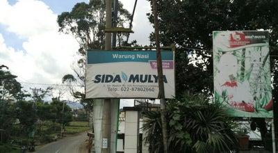 Photo of Cafe Warung Nasi SidaMulya at Jl. Kol. Masturi No. 226 Parongpong, Lembang, Indonesia