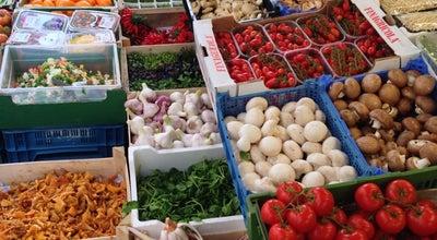 Photo of Farmers Market Kutschkermarkt at Kutschkergasse, Wien 1180, Austria