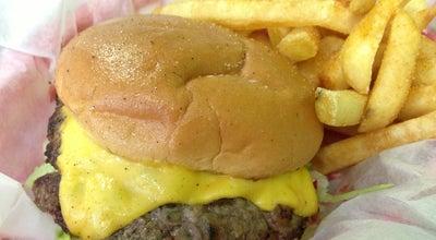 Photo of American Restaurant Matt's Burgers at 102 S Cedar St, Summerville, SC 29483, United States