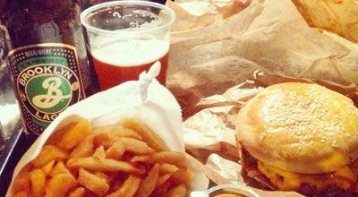 Photo of Burger Joint Starvin' Joe at 42 Rue De Charonne, Paris 75011, France