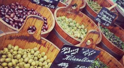 Photo of Farmers Market Wochenmarkt Winterfeldtplatz at Winterfeldtplatz, Berlin 10781, Germany