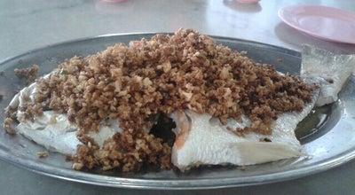 Photo of Asian Restaurant 驰名合莎园菜脯鱼 at 49, Jalan Putra, Alor Setar, Kedah, Malaysia
