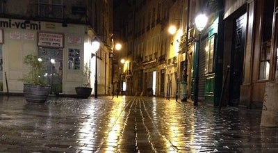 Photo of Road Rue des Rosiers at Rue Des Rosiers, Paris 75004, France