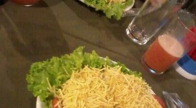 Photo of Burger Joint Thiago Lanches at R. Nove De Julho, 3500, Araraquara 14802-271, Brazil