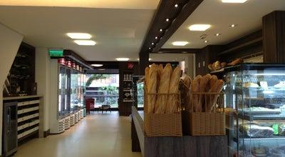 Photo of Bakery Jean Pierre Pâtisserie Et Boulangerie at R. Eng. Antônio Rebouças, 74, Porto Alegre, Brazil