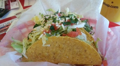 Photo of Mexican Restaurant Fuzzy's Taco Shop at 5760 Olde Wadsworth Blvd, Arvada, CO 80002, United States