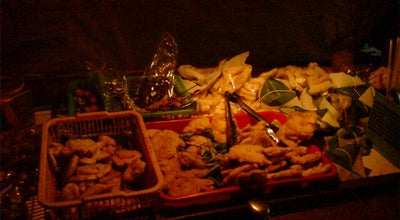 Photo of Food Truck Angkringan Suroyo at Depan Mitra Toserba Bareng, Klaten, Indonesia