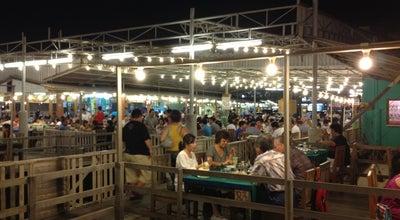 Photo of Seafood Restaurant แสงไทยซีฟู๊ด (Sang Thai Seafood) at Nares Damri Rd., Hua Hin 77110, Thailand