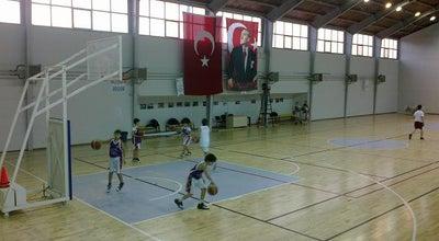 Photo of Basketball Court Çatalca Ziya Altınoğlu Kapalı Spor Salonu at Turkey
