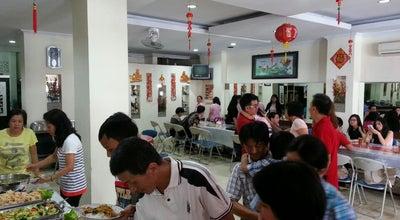 Photo of Chinese Restaurant Rumah Makan Nyiur Indah at Jl. Tentara Pelajar No. 27, Tasikmalaya, Indonesia