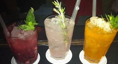 Photo of Cocktail Bar Licorería Limantour at Álvaro Obregón 106, Cuauhtémoc 06700, Mexico