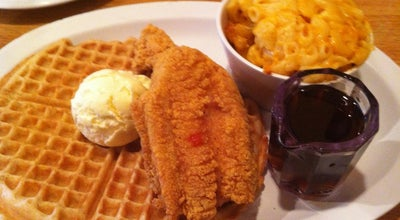 Photo of Southern / Soul Food Restaurant Lo-Lo's Chicken & Waffles at 1220 S Central Ave, Phoenix, AZ 85003, United States