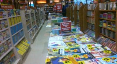 Photo of Bookstore Landmark Bookstore at Infiniti Mall, Mumbai 400102, India