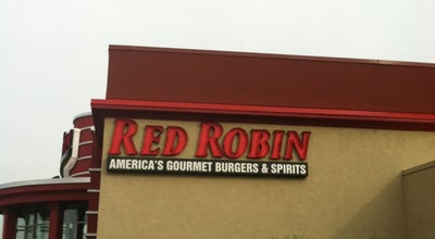 Photo of Burger Joint Red Robin Gourmet Burgers at 921 Norland Ave, Chambersburg, PA 17201, United States