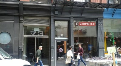 Photo of Mexican Restaurant Chipotle Mexican Grill at 71 Spring St, New York City, NY 10012, United States